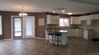 """Photo 2: 12826 BEN'S Road: Charlie Lake Manufactured Home for sale in """"BEN'S SUBDIVISION"""" (Fort St. John (Zone 60))  : MLS®# R2610995"""
