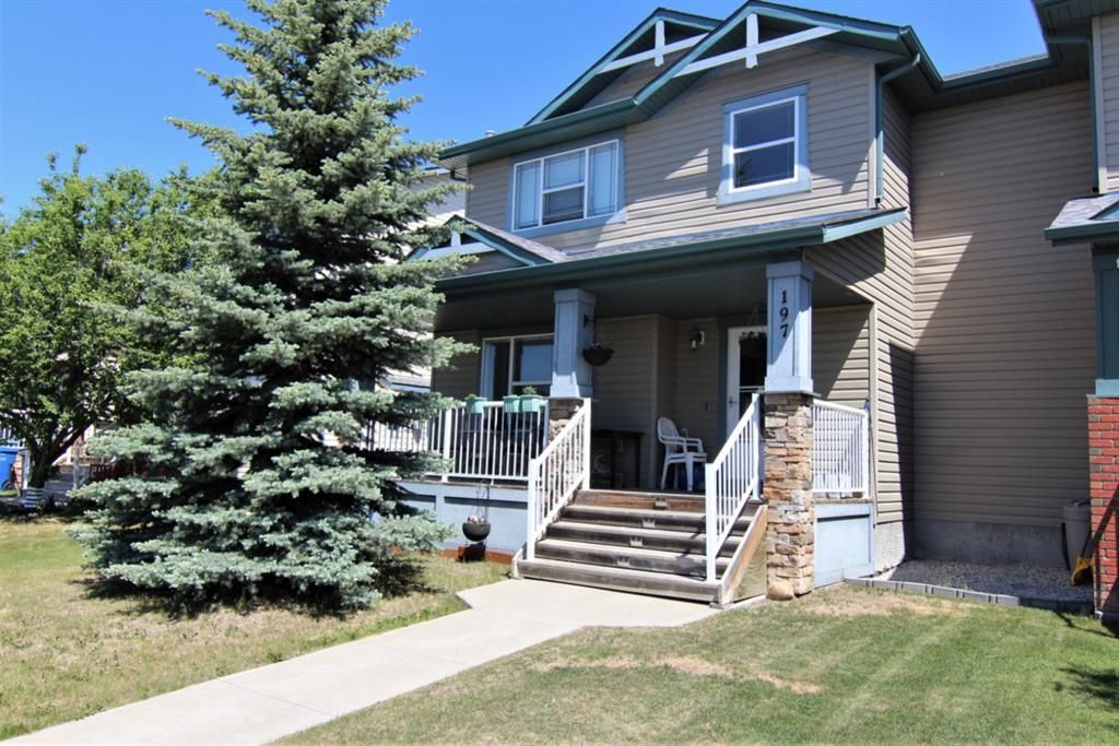 Main Photo: 197 Lakeview Inlet: Chestermere Semi Detached for sale : MLS®# A1119318