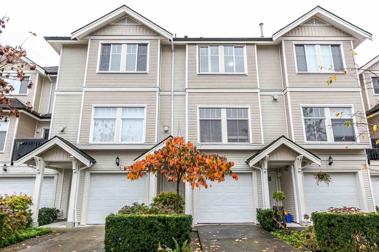 """Main Photo: 3 21535 88 Avenue in Langley: Walnut Grove Townhouse for sale in """"REDWOOD LANE"""" : MLS®# R2119278"""