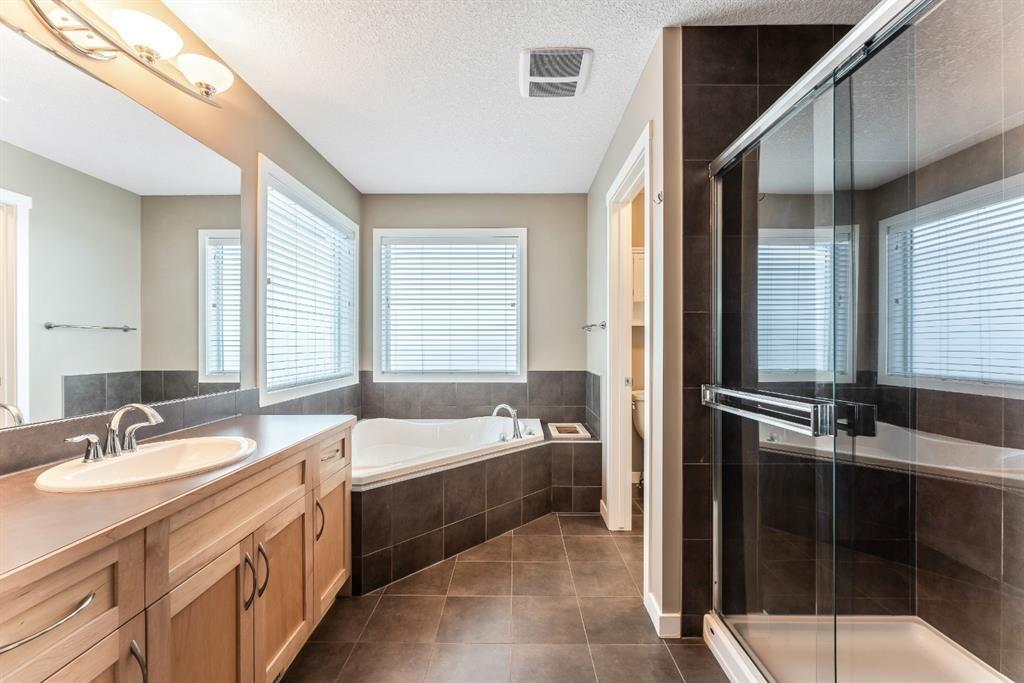 Photo 25: Photos: 434 Boulder Creek Drive SE: Langdon Detached for sale : MLS®# A1066594