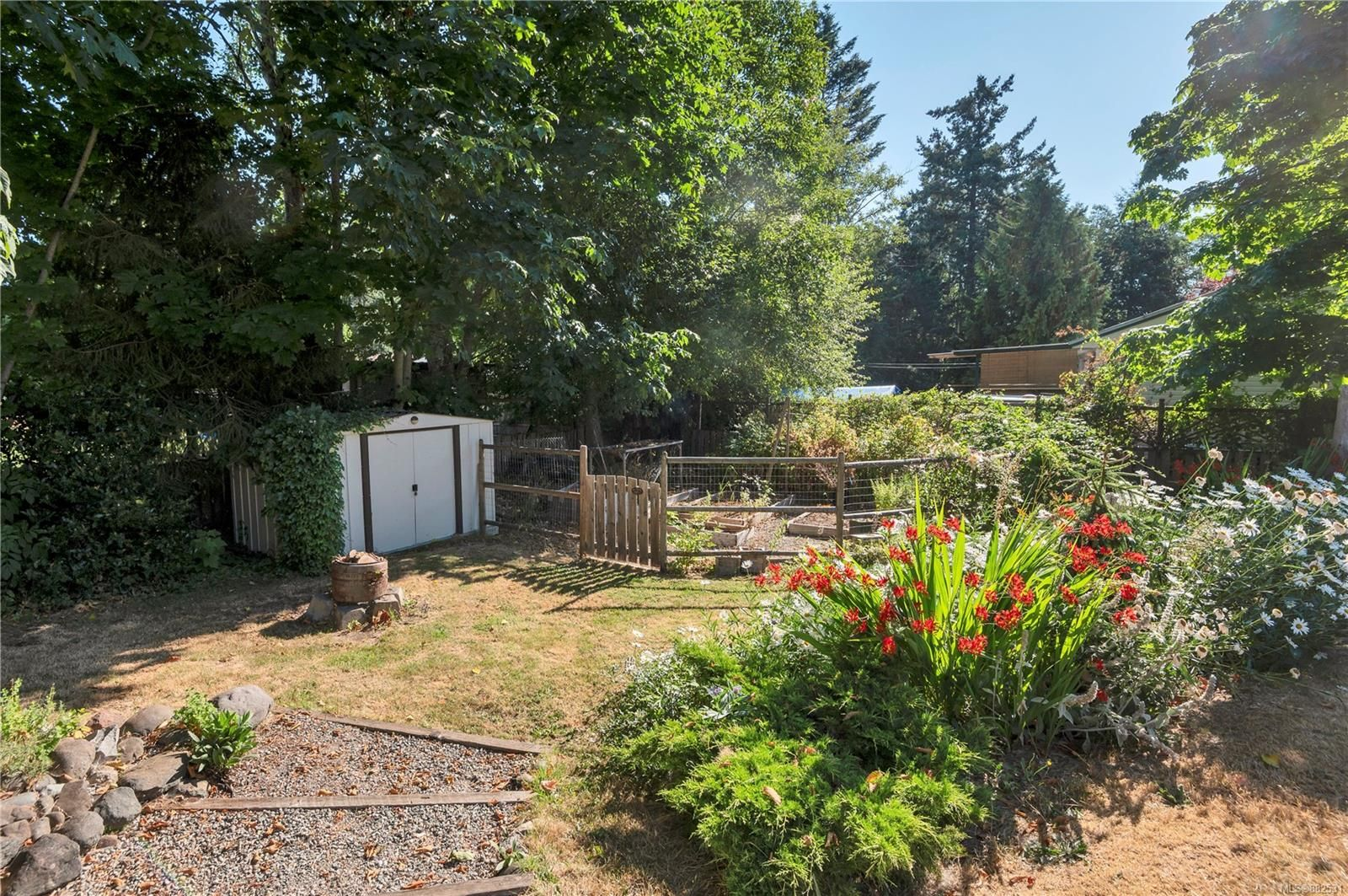 Main Photo: 3988 Craig Rd in : CR Campbell River South House for sale (Campbell River)  : MLS®# 882531