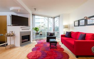 Photo 7: TH103 1288 MARINASIDE CRESCENT in Vancouver: Yaletown Townhouse for sale (Vancouver West)  : MLS®# R2229944