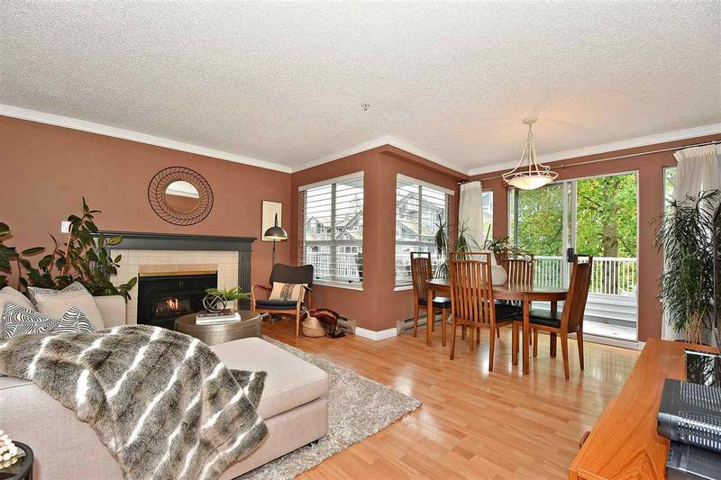 FEATURED LISTING: 301 - 876 14TH Avenue West Vancouver