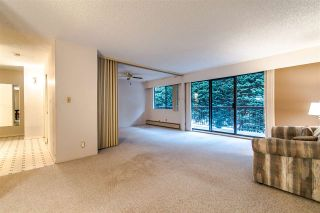 """Photo 6: 204 1360 MARTIN Street: White Rock Condo for sale in """"WEST WINDS"""" (South Surrey White Rock)  : MLS®# R2429363"""