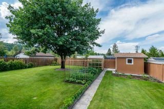 Photo 2: 3718 DOKNICK Place in Prince George: Pinecone House for sale (PG City West (Zone 71))  : MLS®# R2385402