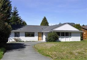 "Photo 1: 2131 PARKWAY Road in Squamish: Garibaldi Estates House for sale in ""GARIBALDI ESTATES"" : MLS®# R2217081"