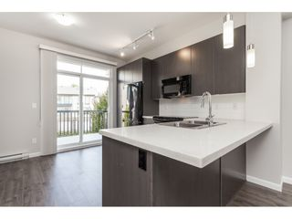 "Photo 3: 87 19505 68A Avenue in Surrey: Clayton Townhouse for sale in ""Clayton Rise"" (Cloverdale)  : MLS®# R2488199"