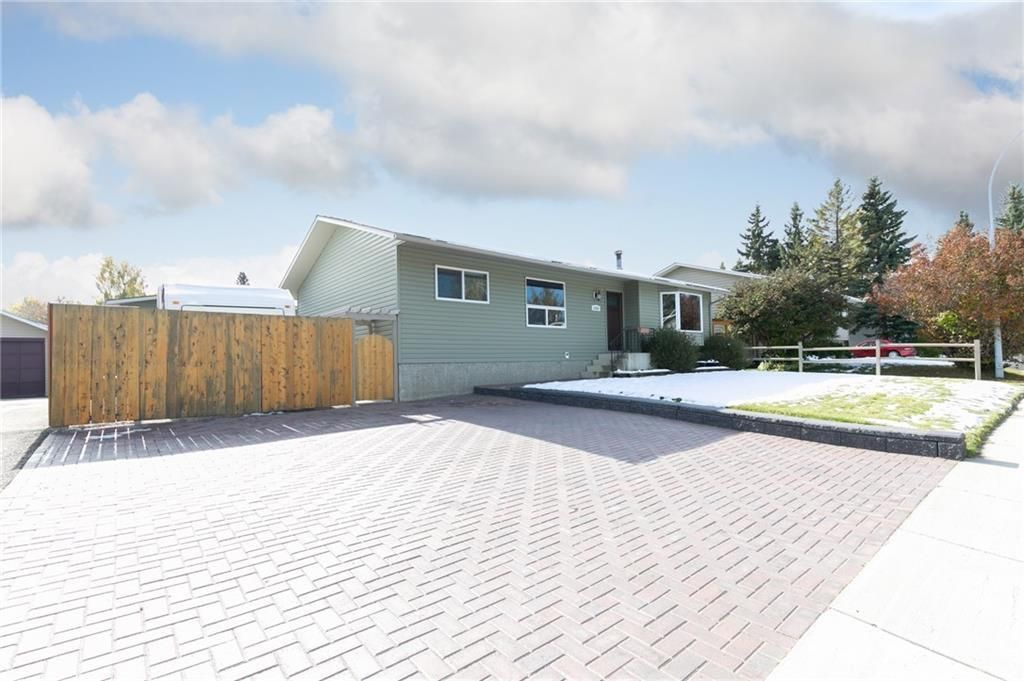 Main Photo: 1319 Mcalpine Street: Carstairs Detached for sale : MLS®# C4271720
