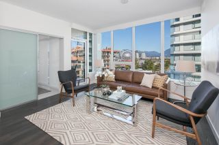 """Photo 1: 910 111 E 1ST Avenue in Vancouver: Mount Pleasant VE Condo for sale in """"Block 100"""" (Vancouver East)  : MLS®# R2125894"""