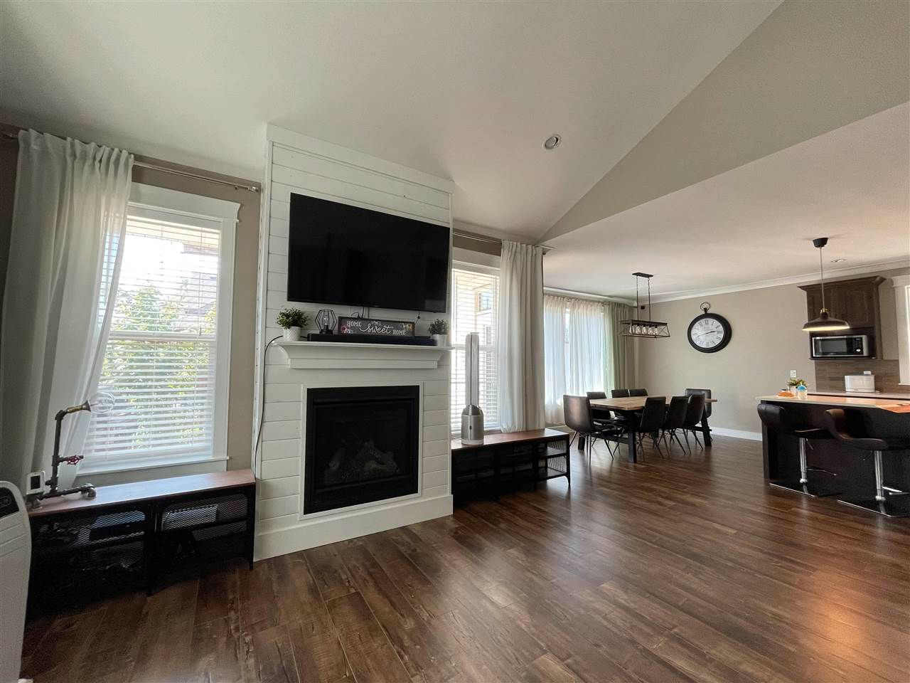 """Photo 5: Photos: 20 10082 WILLIAMS Road in Chilliwack: Fairfield Island House for sale in """"Gwynne Vaughan Park Estates"""" : MLS®# R2591296"""