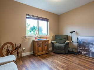 Photo 7: 380 Forester Ave in COMOX: CV Comox (Town of) House for sale (Comox Valley)  : MLS®# 841993