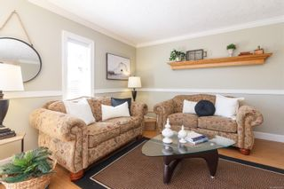 Photo 5: 26 2070 Amelia Ave in : Si Sidney North-East Row/Townhouse for sale (Sidney)  : MLS®# 883338