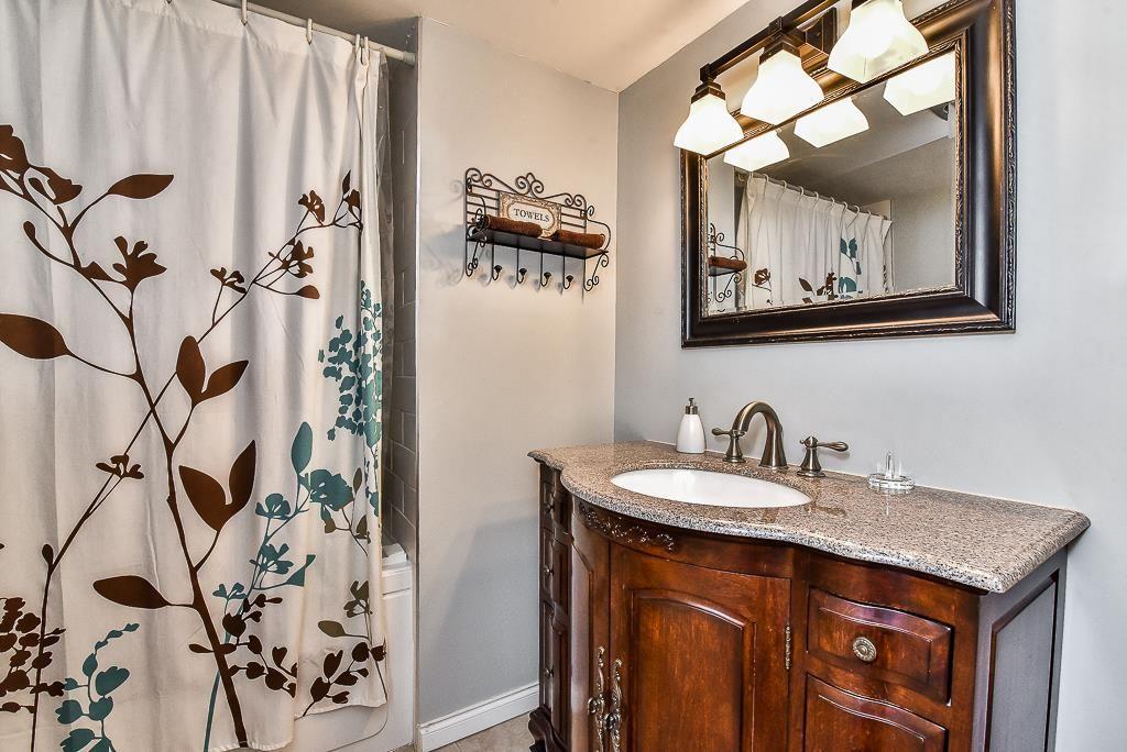 "Photo 14: Photos: 110 1354 WINTER Street: White Rock Condo for sale in ""Winter Estates"" (South Surrey White Rock)  : MLS®# R2171456"