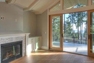 Photo 9: 8607 Emard Terr in NORTH SAANICH: NS Bazan Bay House for sale (North Saanich)  : MLS®# 798049