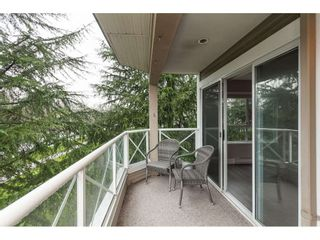 "Photo 4: 203 20217 MICHAUD Crescent in Langley: Langley City Condo for sale in ""Michaud Gardens"" : MLS®# R2442178"
