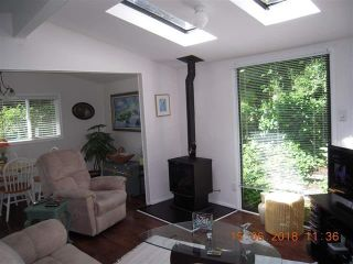 """Photo 5:  in Sechelt: Sechelt District House for sale in """"TSAWCOME"""" (Sunshine Coast)  : MLS®# R2466558"""