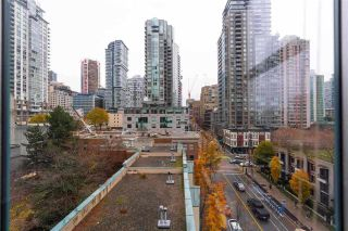 """Photo 20: 804 939 HOMER Street in Vancouver: Yaletown Condo for sale in """"THE PINNACLE"""" (Vancouver West)  : MLS®# R2581957"""