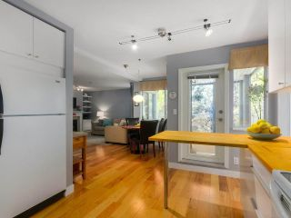 Photo 8: 28 7345 SANDBORNE AVENUE in Burnaby: South Slope Townhouse for sale (Burnaby South)  : MLS®# R2392056