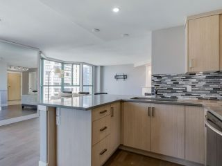 Photo 9: 901 789 JERVIS Street in Vancouver: West End VW Condo for sale (Vancouver West)  : MLS®# R2085949