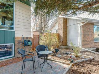 Photo 2: 231 Parkland Rise SE in Calgary: Parkland Detached for sale : MLS®# A1047149