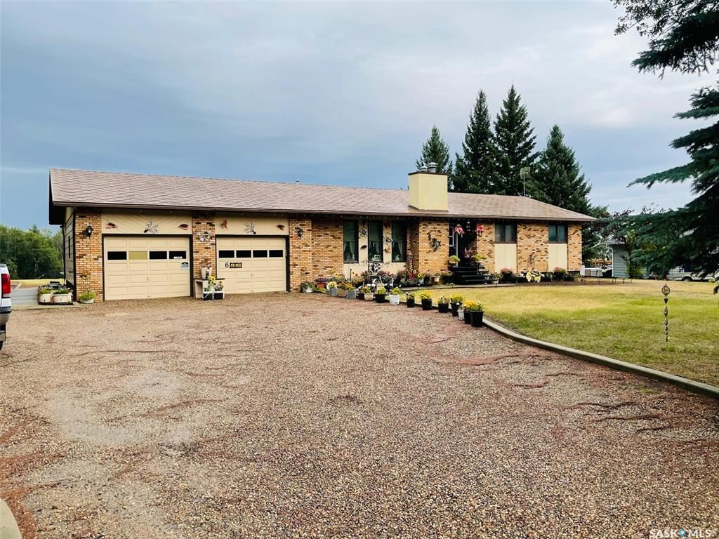 Main Photo: 6 West Park Drive in Battleford: Residential for sale : MLS®# SK867766