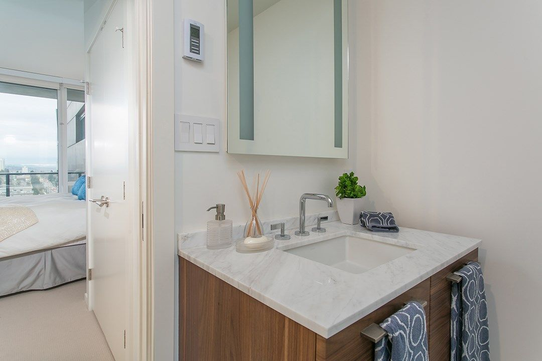 """Photo 10: Photos: 1106 8588 CORNISH Street in Vancouver: S.W. Marine Condo for sale in """"Granville at 70th"""" (Vancouver West)  : MLS®# R2028508"""