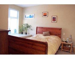 """Photo 8: 202 118 W 22ND ST in North Vancouver: Central Lonsdale Condo for sale in """"SENTRY"""" : MLS®# V574987"""