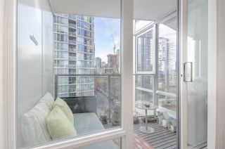 """Photo 18: 806 1438 RICHARDS Street in Vancouver: Yaletown Condo for sale in """"AZURA 1"""" (Vancouver West)  : MLS®# R2541755"""
