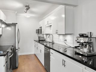 """Photo 14: 202 825 W 15TH Avenue in Vancouver: Fairview VW Condo for sale in """"The Harrod"""" (Vancouver West)  : MLS®# R2614837"""