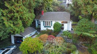 Photo 1: 5752 TELEGRAPH TRAIL in West Vancouver: Eagle Harbour House for sale : MLS®# R2622904