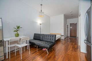 """Photo 6: 413 1333 W GEORGIA Street in Vancouver: Coal Harbour Condo for sale in """"Qube Building"""" (Vancouver West)  : MLS®# R2602829"""