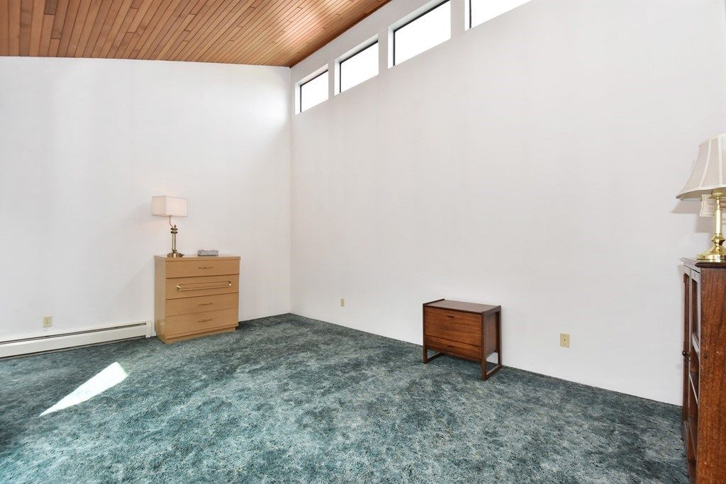 Photo 11: Photos: 2451 PARKER Street in Vancouver: Renfrew VE House for sale (Vancouver East)  : MLS®# R2160159