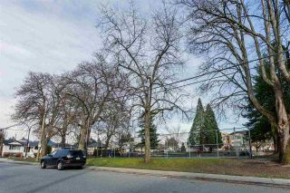 Photo 18: 875 RIDGEWAY Avenue in North Vancouver: Central Lonsdale Townhouse for sale : MLS®# R2039049