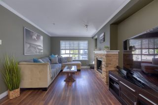 """Photo 3: 11 6747 203 Street in Langley: Willoughby Heights Townhouse for sale in """"Sagebrook"""" : MLS®# R2487335"""