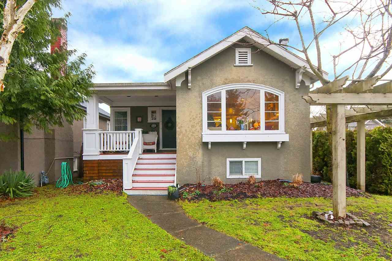 Main Photo: 3205 W 33RD Avenue in Vancouver: MacKenzie Heights House for sale (Vancouver West)  : MLS®# R2132803