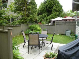 "Photo 3: 4792 CEDARGLEN Place in Burnaby: Greentree Village Townhouse for sale in ""GREENTREE VILLAGE"" (Burnaby South)  : MLS®# V833973"