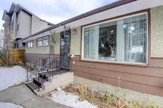 Photo 3: 3128 45 Street SW in Calgary: Glenbrook Detached for sale : MLS®# A1063846