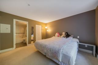 """Photo 15: 25 7428 SOUTHWYNDE Avenue in Burnaby: South Slope Townhouse for sale in """"LEDGESTONE"""" (Burnaby South)  : MLS®# R2590094"""