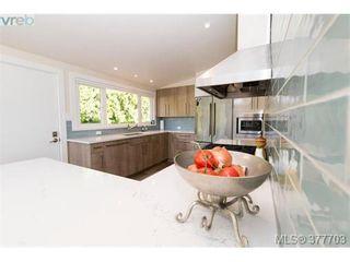 Photo 9: 3784 Mystic Lane in VICTORIA: SE Cadboro Bay House for sale (Saanich East)  : MLS®# 758415