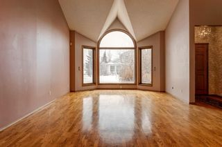 Photo 12: 503 Woodbriar Place SW in Calgary: Woodbine Detached for sale : MLS®# A1062394