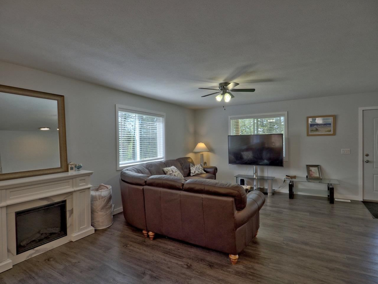 Photo 14: Photos: 4915 KITWANGA Drive in 108 Mile Ranch: 108 Ranch House for sale (100 Mile House (Zone 10))  : MLS®# R2481177