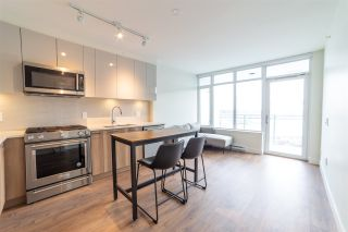"""Photo 1: 1801 258 NELSON'S Court in New Westminster: Sapperton Condo for sale in """"THE COLUMBIA"""" : MLS®# R2545064"""