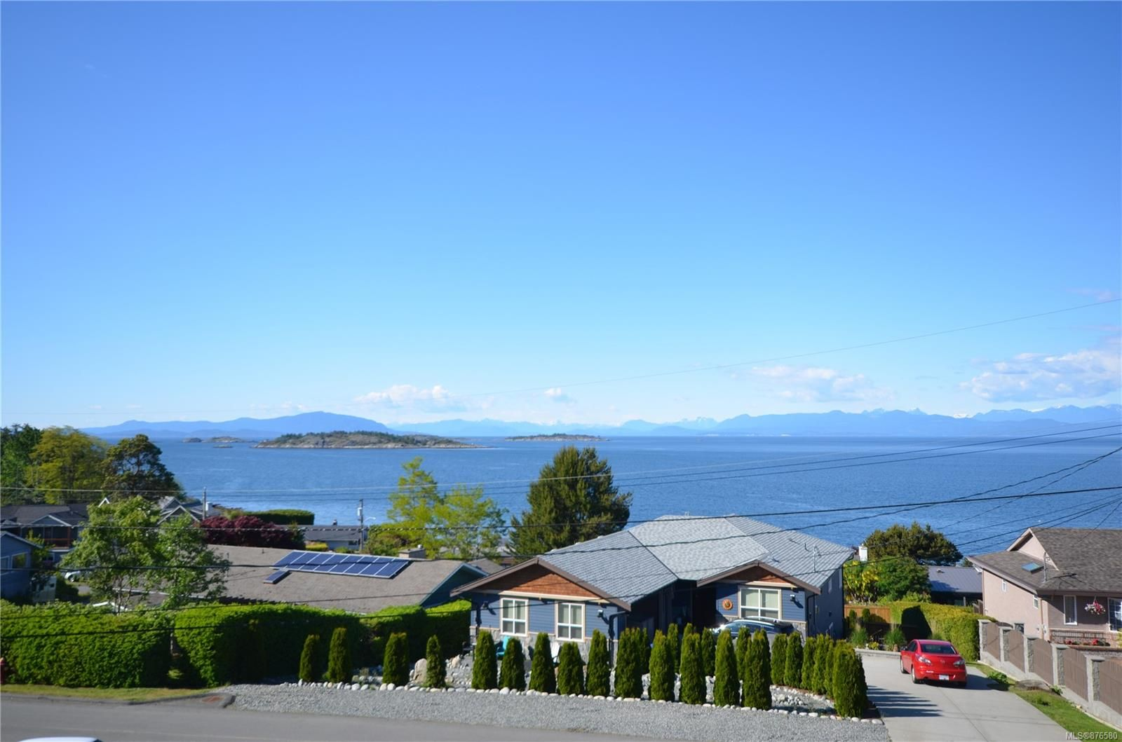 Main Photo: 7196 Lancrest Terr in : Na Lower Lantzville House for sale (Nanaimo)  : MLS®# 876580