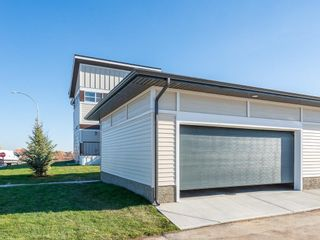 Photo 4: 130 SKYVIEW Circle NE in Calgary: Skyview Ranch Row/Townhouse for sale : MLS®# C4266711