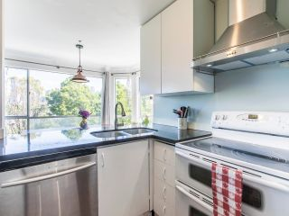 """Photo 12: 303 1166 W 6TH Avenue in Vancouver: Fairview VW Condo for sale in """"Seascape Vista"""" (Vancouver West)  : MLS®# R2603858"""