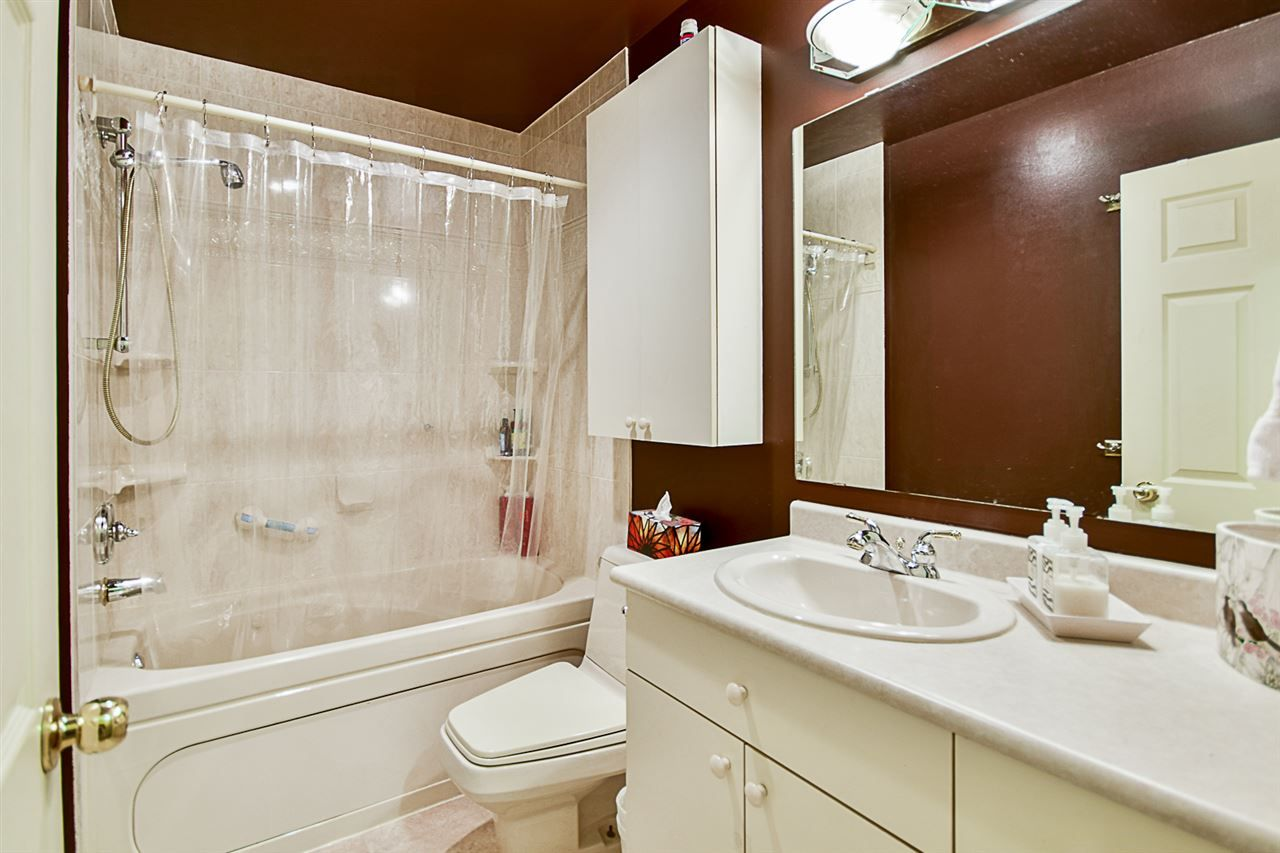 """Photo 9: Photos: 10969 86A Avenue in Delta: Nordel House for sale in """"Nordel"""" (N. Delta)  : MLS®# R2135057"""