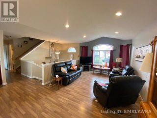 Photo 7: 50 WELLWOOD DRIVE in Whitecourt: House for sale : MLS®# AW52481