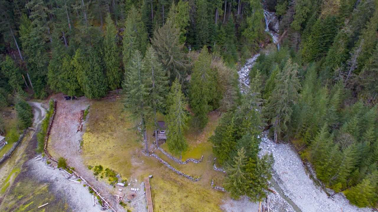 "Photo 37: Photos: LOT D FRAMES Landing in North Vancouver: Indian Arm House for sale in ""ORLOHMA BEACH"" : MLS®# R2479361"