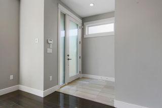 Photo 3: 2611 36 Street SW in Calgary: Killarney/Glengarry Semi Detached for sale : MLS®# A1146727