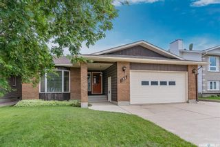 Photo 2: 122 Gustin Crescent in Saskatoon: Silverwood Heights Residential for sale : MLS®# SK862701